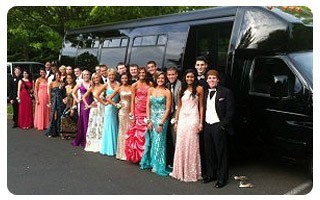 Prom-Party-Bus